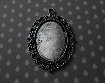 Support oval cabochon in antique silver 3.9 x 2.9 cms