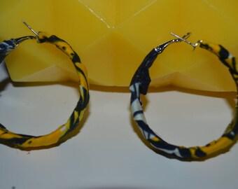 small hoop earrings made of wax