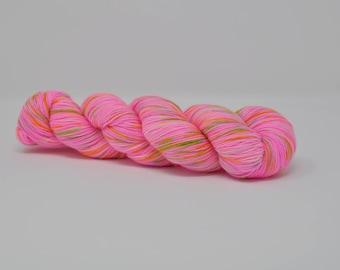 Rapunzel - Platinum Sock - 75/25 Superwash Merino/Nylon - 100g skein of hand dyed 4ply speckled fingering weight sock yarn