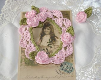 Pink picture frame for scrapbooking embellishment