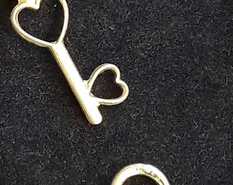 "1 ""Key to my heart"" necklace and pendant in fine silver"