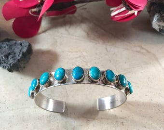 Vintage Navajo Turquoise & Sterling Silver Cuff