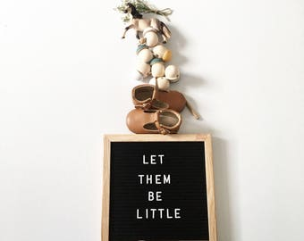 Felt Letter Board with Oak Frame and 3/4 inch 290 piece letter and number set for typography art