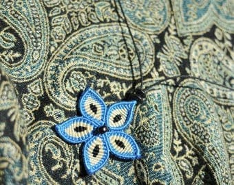TANIA blue and white macrame Flower necklace.