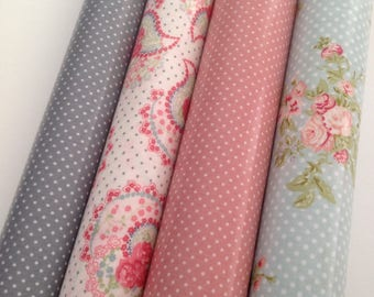 Coupons oilcloth cotton coated with printed flowers and dots 25 X 25