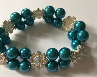 Bracelet blue with Rhinestones dealers