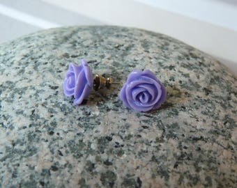 Purple rose shaped earrings