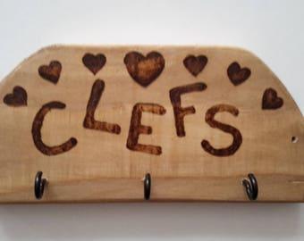 """Hearts"" wooden wall key holder"