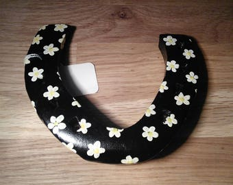 Hand painted lucky horse shoe