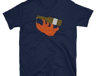 BEER DOWN CHICAGO Bear Drinking a Beer Unisex T-Shirt