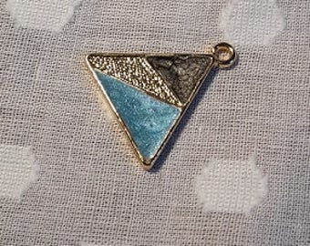 Triangle pendant with turquoise blue, gold and black colour detail - charm - jewellery - geometric
