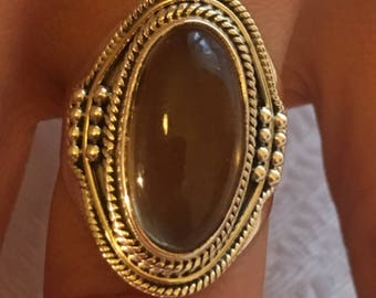 Size 56/57 - Very light smoky quartz, natural stone, sterling 925 silver ring.