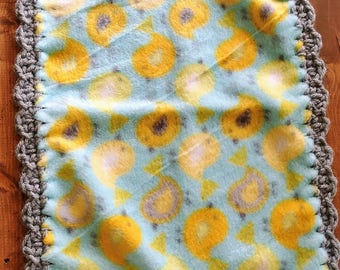 Birdie Ruffle Burp Cloth