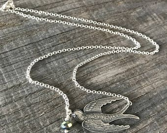 Silver plated with bird Peacock Green Pearl and vintage silver plated chain necklace