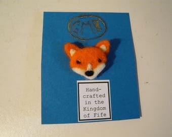 Needle felted Fox Brooch