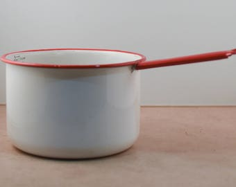 White Pot with Red Trim and Measurements