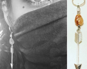 Nude CALCITE ARROW dangle earring (winter limited edition)