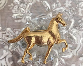 Vintage Gold Toned Horse Brooch Pin