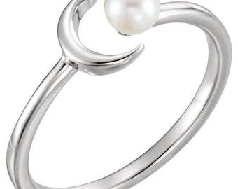 Sterling Silver Pearl Crescent Ring