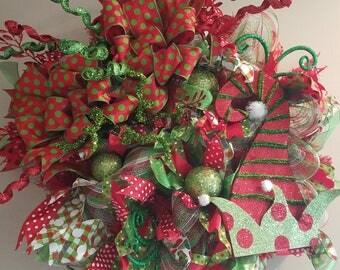 elf wreath, christmas wreath, deco mesh wreath, elf christmas wreath, home decor, christmas, front door wreath, deco mesh wreath