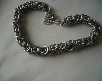 Stainless steel chainmaille bracelet Byzantine weave