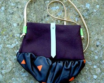 RU leather/wool hand bag