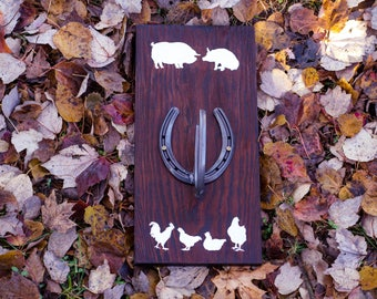 Reclaimed Barn Wood Key Rack/Hanger Horseshoe Rack