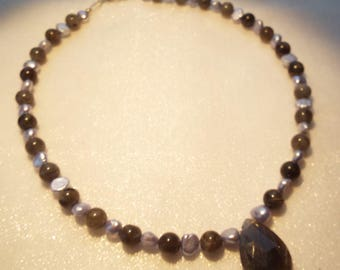 Labradorite and grey freshwater pearl necklace