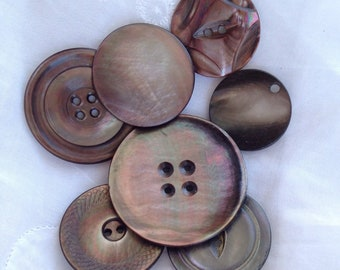 Vintage mother of pearl buttons