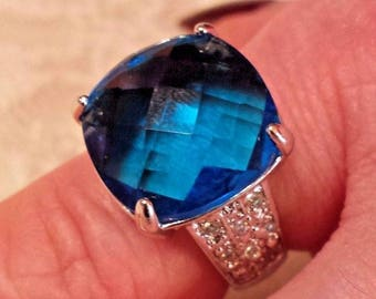 Dark Blue & White Topaz Large Checkerboard Cut Gemstone Sterling Silver Plated Ring Size - 8