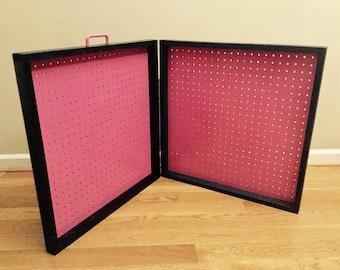 showcase to go travel jewelry display case pink n black 24x4x48