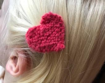 girl heart knit Barrette
