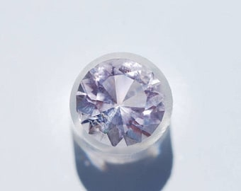 Amethyst, Rose de France, OOAK Faceted  Round shape, 13 mm in dia., 7.75ct, Light purple, Clean,  F00334