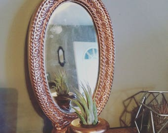 Beautiful rose gold candle holder with mirror