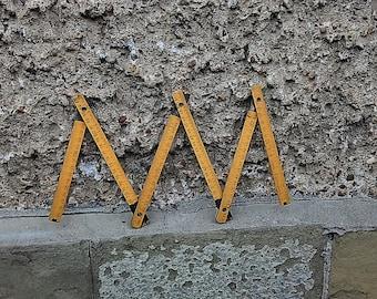 Wooden Meter, Vintage Folding Measure Ruler, Carpenter Ruler, Yellow Wooden Folding Meter, Building Meter, Rustic Home Decor, Wooden Ruler