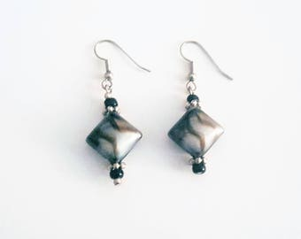 Swirl Glass Dangling Earrings. Free shipping within the USA.