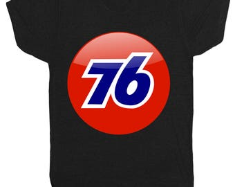 76 Motorsport Gas Station Racing Mcqueen Motorcycle Motorbike Mens Black T Shirt