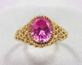 Solid 14K Yellow Gold Pink CZ Mesh Texture Ring, Size 8.25, 3.9 grams