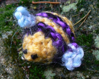 Knitted Bee Brooch