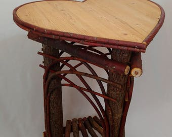 Willow Heart Table