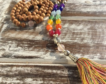 Mala necklace, Japa mala in sandalwood with 7 chakra stones and rose quartz, wooden necklace, real stone necklace, meditation