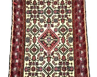 "Persian Rug Hamadan 2'6"" X 3'9"