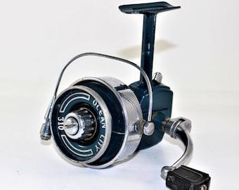 Ocean City 310 Vintage Spinning Reel. Made in USA.