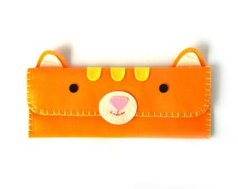 Cat Long Pouch