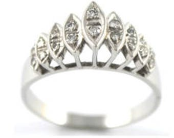 18ct White Gold and Diamond ring with valuation
