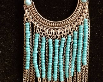 Silver Chain necklace with Turquoise color beads.