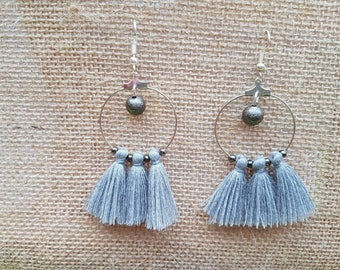 Creole and gray tassels