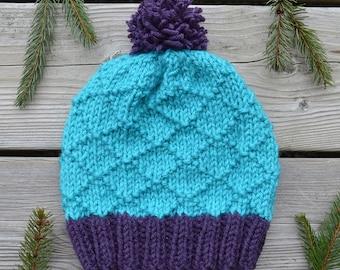 Women's Knitted Diamond Patterned Hat in Blue & Purple