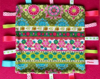 Taggy blanket