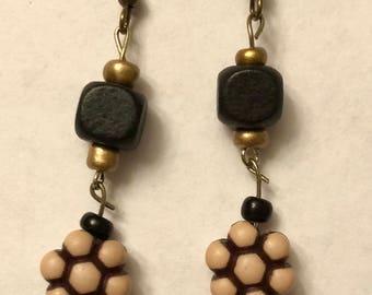 Flower Earrings, Black/Tan